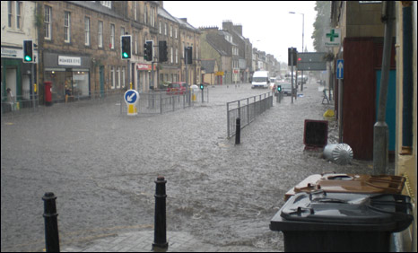 Scotland hit by floods